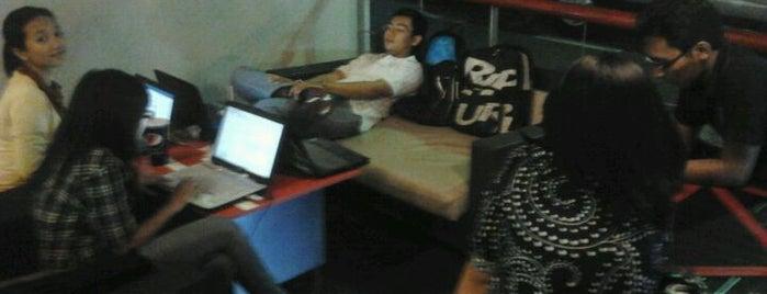 KFC / KFC Coffee is one of wi-fi Zone Denpasar.