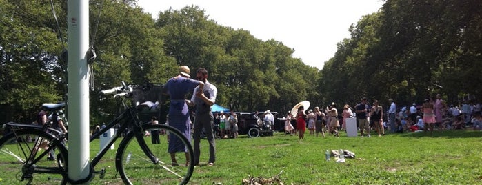 Jazz Age Lawn Party is one of Blue Note.