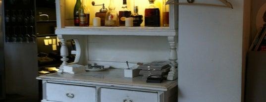 Baldaszti's kitchen is one of Étterem.