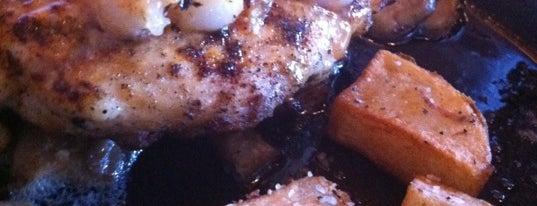 Applebee's is one of Must Visit Restaurants in Chicago.