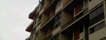 Edif. Quintas Aereas is one of los mejores edificios de caracas.