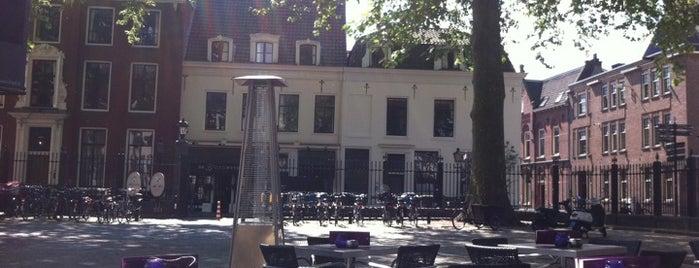 De Rechtbank is one of Resto outside B.