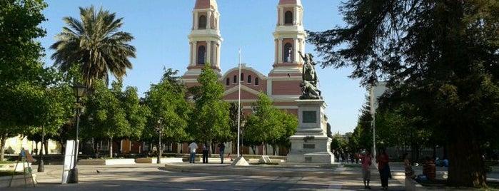 Plaza de los Héroes is one of Para visitar en Rancagua.