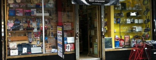 United Hardware is one of Fixer Upper Badge.