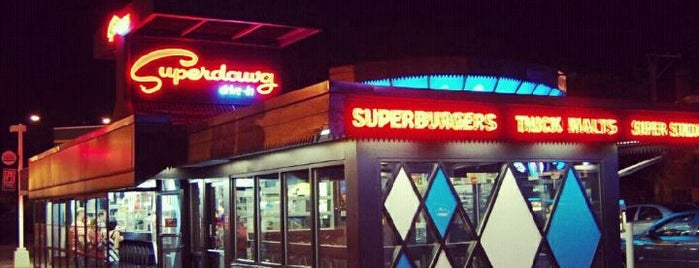 Superdawg Drive-In is one of Tc.