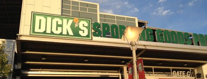 Dick's Sporting Goods Park is one of การแข่งขันฟุตบอลนัดสำคัญ.