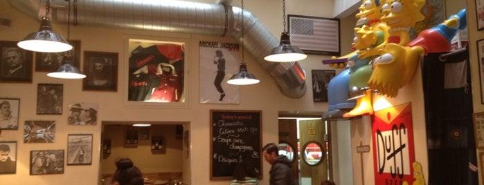 Schwartz's Deli is one of เที่ยวช้อปปิ้ง Paris!.