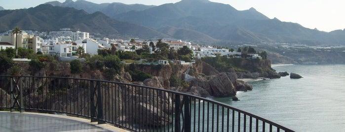 Balcón de Europa is one of 101 cosas que ver en Andalucía antes de morir.