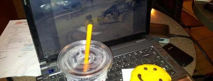 Dunkin' Donuts is one of wi-fi Zone Denpasar.
