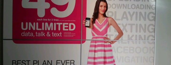 T-Mobile is one of Ferias USA 2012.