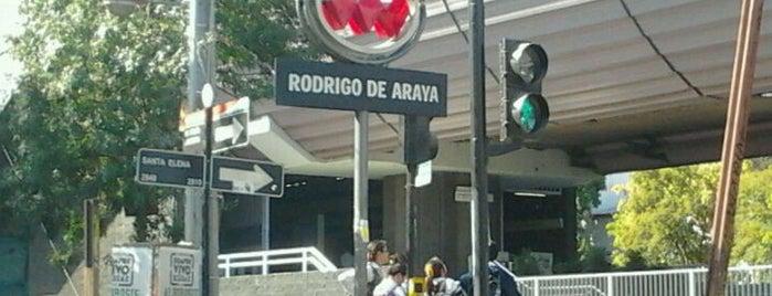 Metro Rodrigo de Araya is one of Estaciones del Metro de Santiago.