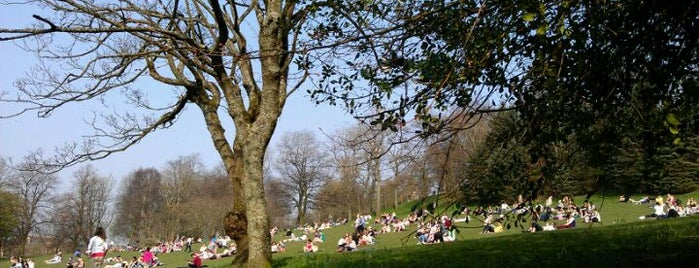 Kelvingrove Park is one of Favorite Parks around the Globe.
