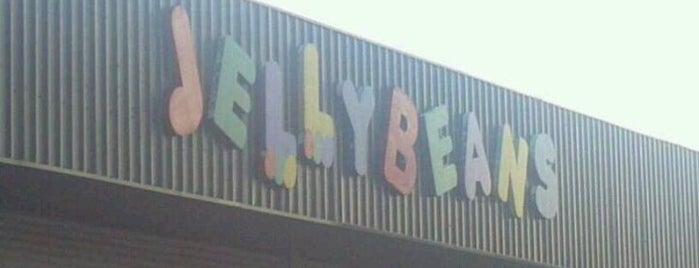 Jellybeans Family Skate Center is one of Gary's List.