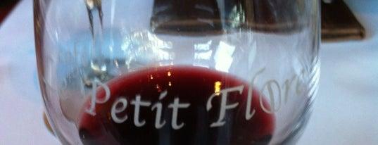 Café Le Petit Flore is one of Bouffe.