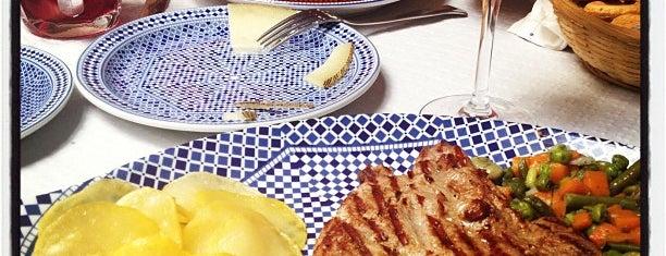 El Patio Andaluz is one of Donde comer y dormir en cordoba.