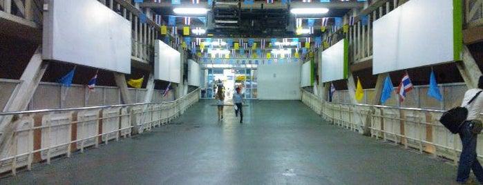 สถานีขนส่งผู้โดยสารกรุงเทพ (ถนนบรมราชชนนี) Bangkok Bus Terminal (South) is one of My TripS :).