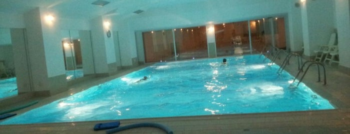 Piscine for Piscines semi enterrees