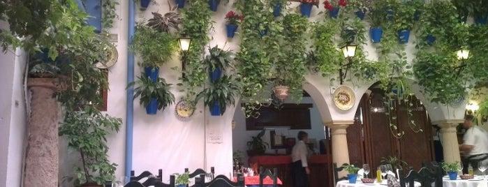 Taberna Restaurante Puerta Sevilla is one of Donde comer y dormir en cordoba.