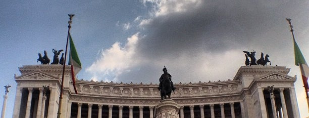 Altare della Patria is one of La Dolce Vita - Roma #4sqcities.