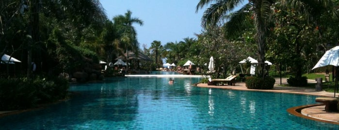 Ravindra Beach Resort & Spa is one of Hotel.