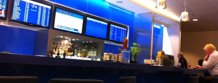 Delta Sky Club is one of Airports and hotels I have known.