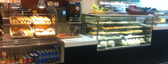 Best Cafes In Boston With Wifi
