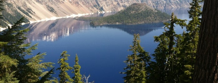 Crater Lake National Park is one of Scenic Route: US West Coast.