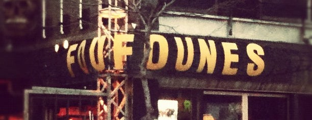 Foufounes Électriques is one of my todos - Bars.