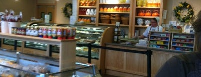 Dutch Valley Restaurant & Bakery is one of Great Ohio Food Destinations!.