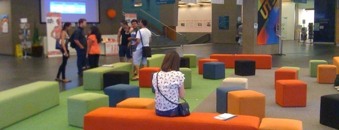 UTS Broadway Campus is one of Visit UTS.