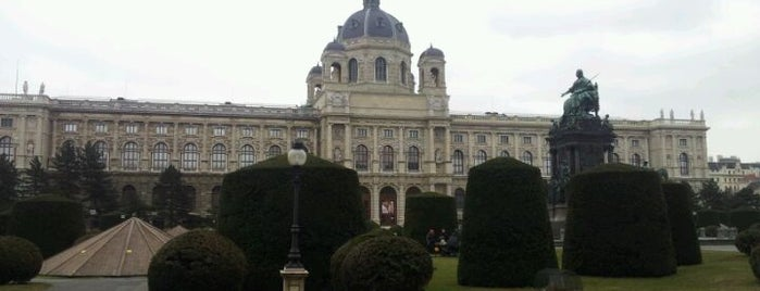 Naturhistorisches Museum is one of StorefrontSticker #4sqCities: Vienna.