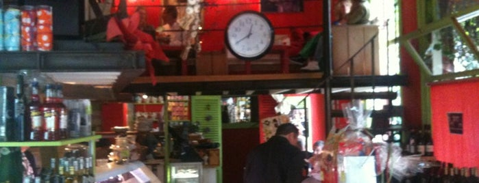 Renzo's Delicatessen is one of My favorites in Amsterdam.