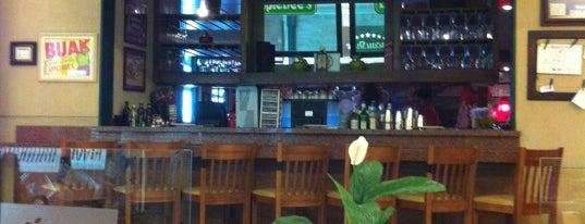 Applebee´s is one of Restaurantes.