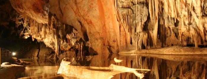 Jaskyňa Domica is one of UNESCO Slovakia - kultúrne/prírodné pamiatky.