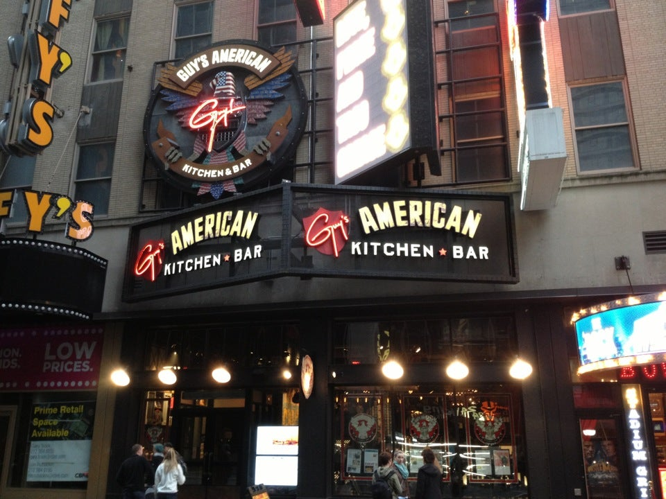 Guy S American Kitchen And Bar At 220 W 44th St Btwn 7th
