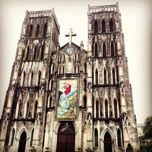Nhà Thờ Lớn (St. Joseph's Cathedral)