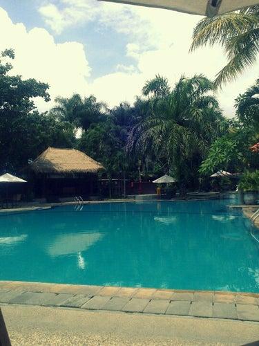 Permata Jingga's Pool and Cafe