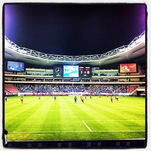 虹口足球场 | Hongkou Football Stadium