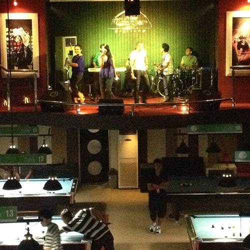 Hanggar billiards and karaoke