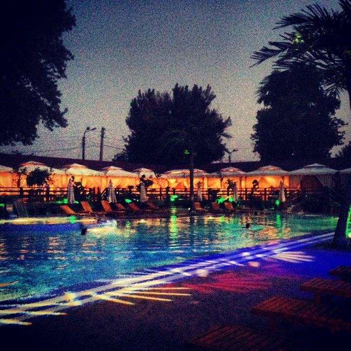 Three Palms Beach Club / 3 Пальмы - зона отдыха