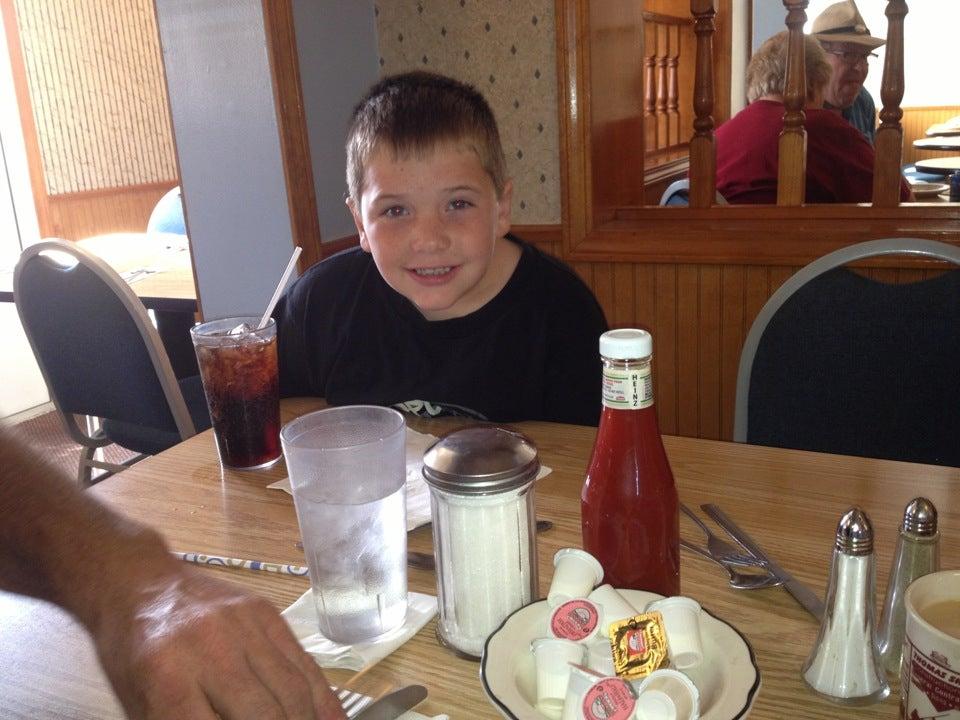 Arnold's Family Restaurant,