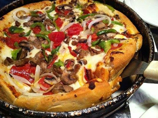 Armands Chicago Pizza,