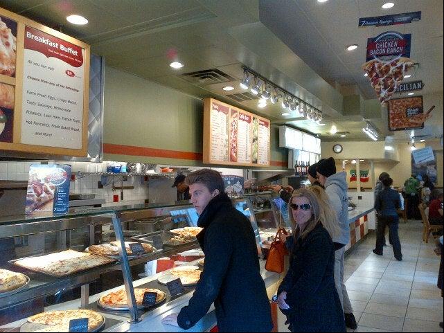 Sbarro,food,italian,restaurant