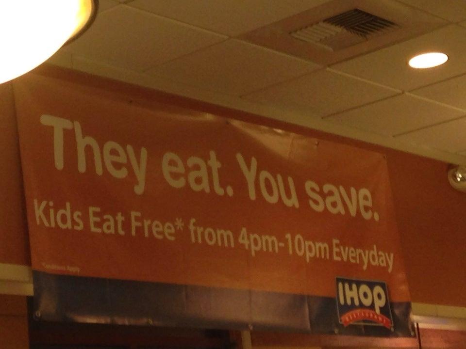 IHOP,pancakes