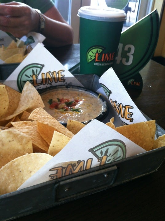 Lime Fresh Mexican Grill,beer,burritos,fast casual,margaritas,mexican food,sangria,tacos,vegetarian
