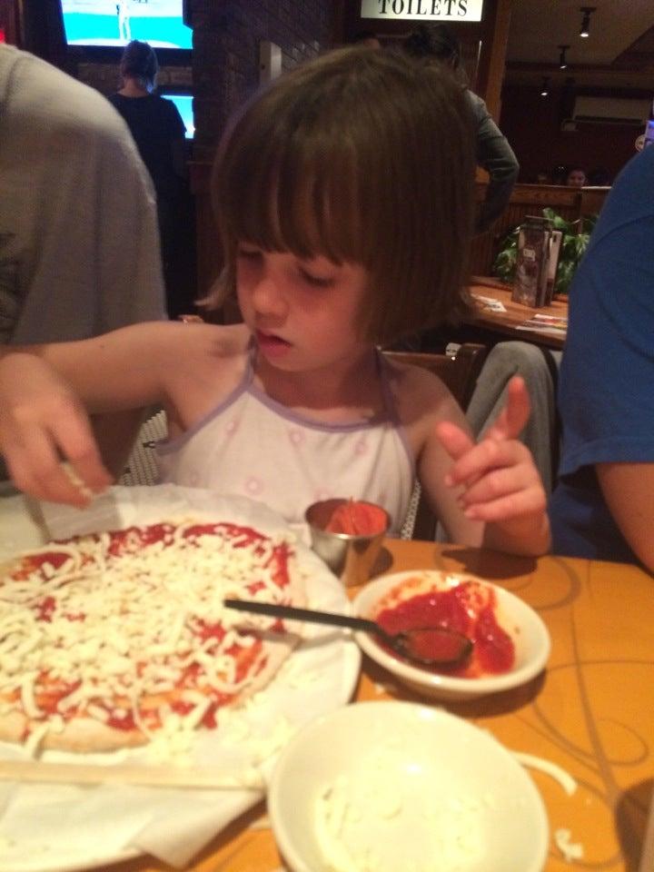 Uno Pizzeria & Grill,
