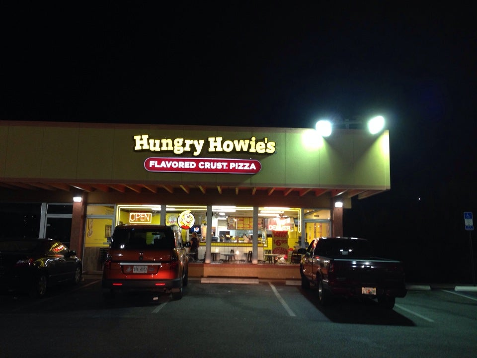 Hungry Howie's Pizza & Subs,pizza