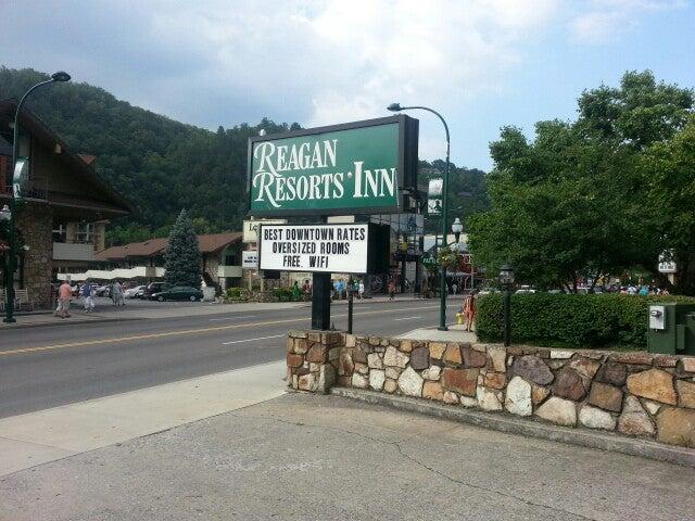 Reagan Resorts Inn,