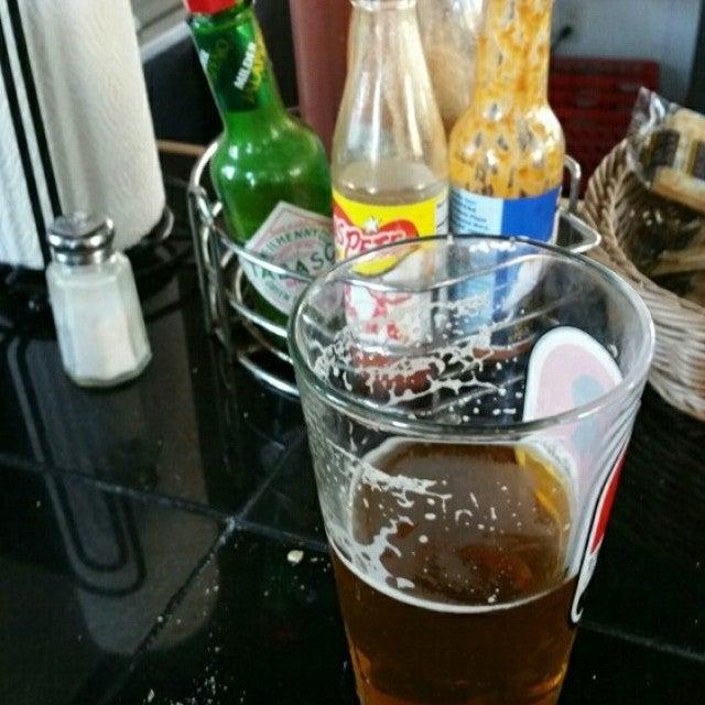 Full Moon Oyster Bar The,