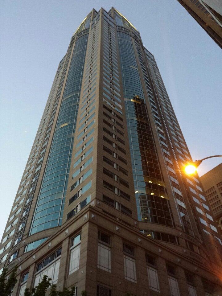 1111 Third Avenue Building